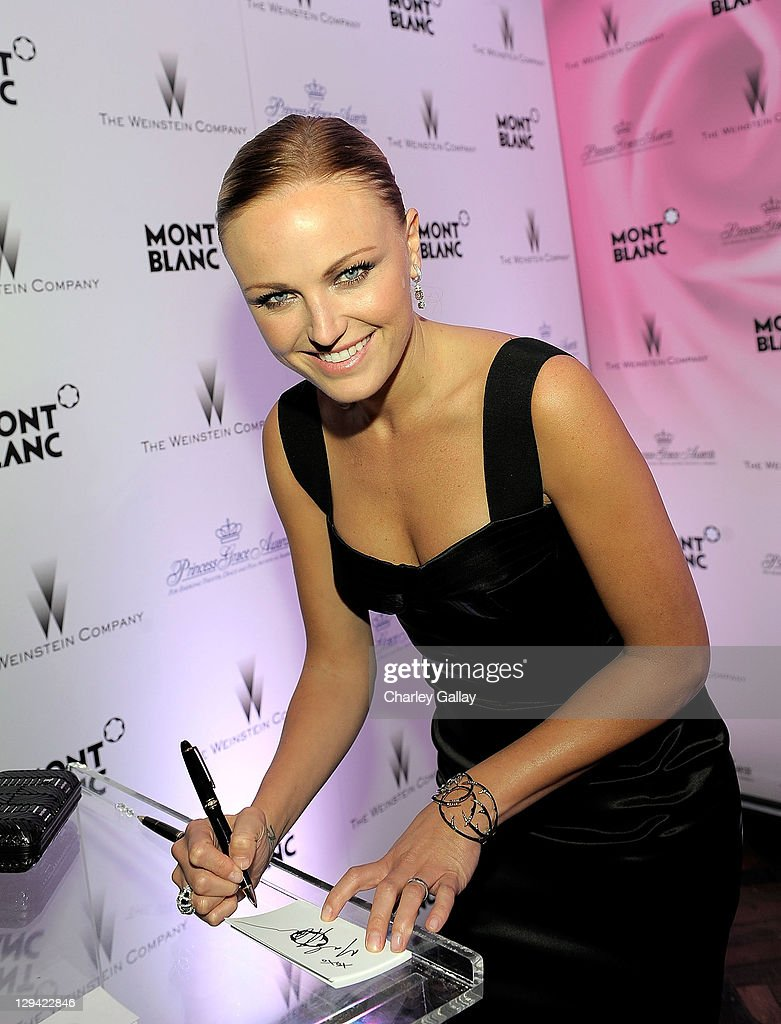 Actress <a gi-track='captionPersonalityLinkClicked' href=/galleries/search?phrase=Malin+Akerman&family=editorial&specificpeople=598245 ng-click='$event.stopPropagation()'>Malin Akerman</a> arrives at the Montblanc Cocktail Party co-hosted by Harvey and <a gi-track='captionPersonalityLinkClicked' href=/galleries/search?phrase=Bob+Weinstein&family=editorial&specificpeople=220486 ng-click='$event.stopPropagation()'>Bob Weinstein</a> celebrating the Weinstein Company's Academy Award Nominees and the New Montblanc Charity Partnership with the Princess Grace Foundation-USA at Soho House on February 26, 2011 in West Hollywood, California. Akerman is wearing Montblanc Diamond Earings A Petits Pas.