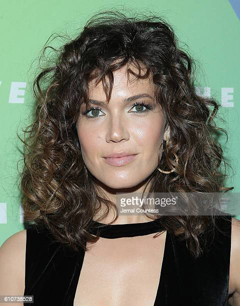 Actress Mandy Moore attends the Hearst launch of HearstLive a multimedia news installation at 57th Street 8th Avenue on September 27 2016 in New York...