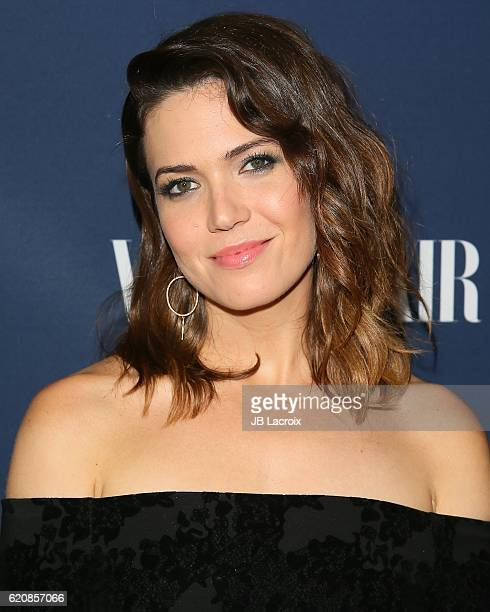 Actress Mandy Moore attends the 'NBC and Vanity Fair toast the 20162017 TV Season' at NeueHouse Hollywood on November 2 2016 in Los Angeles California