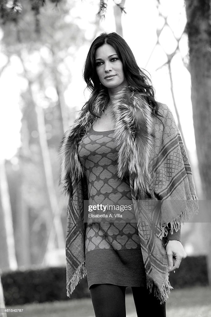 Actress Manuela Arcuri attends 'Il Peccato e La Vergogna 2' photocall at Villa Borghese on January 9, 2014 in Rome, Italy.
