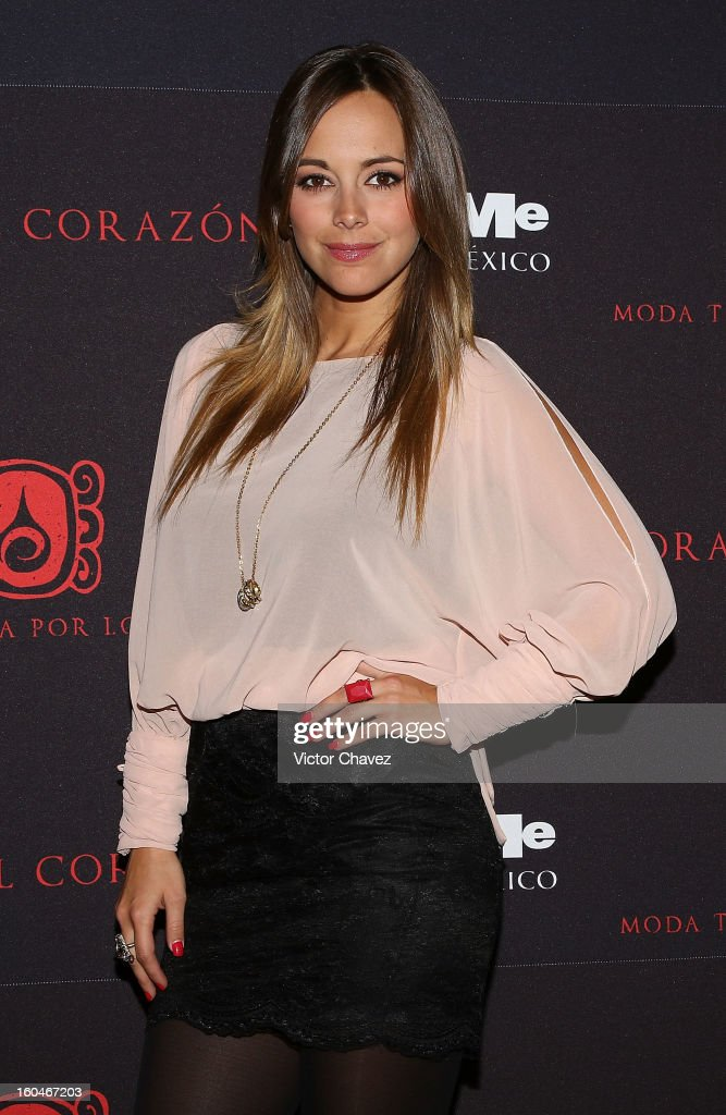 Actress María Elisa Camargo attends the Comeme El corazon Moda Tocada Por Los Dioses event at Estacion Indianilla on January 31, 2013 in Mexico City, Mexico.