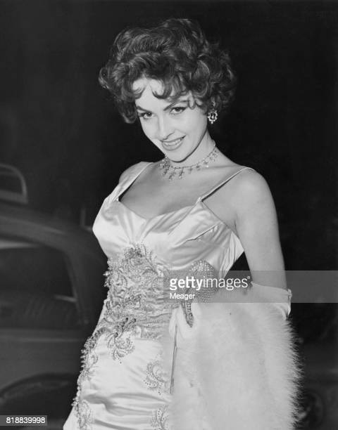 Actress Mara Lane arrives at the Empire Leicester Square for the Royal Command Performance of the film 'Beau Brummell' London 15th November 1954...