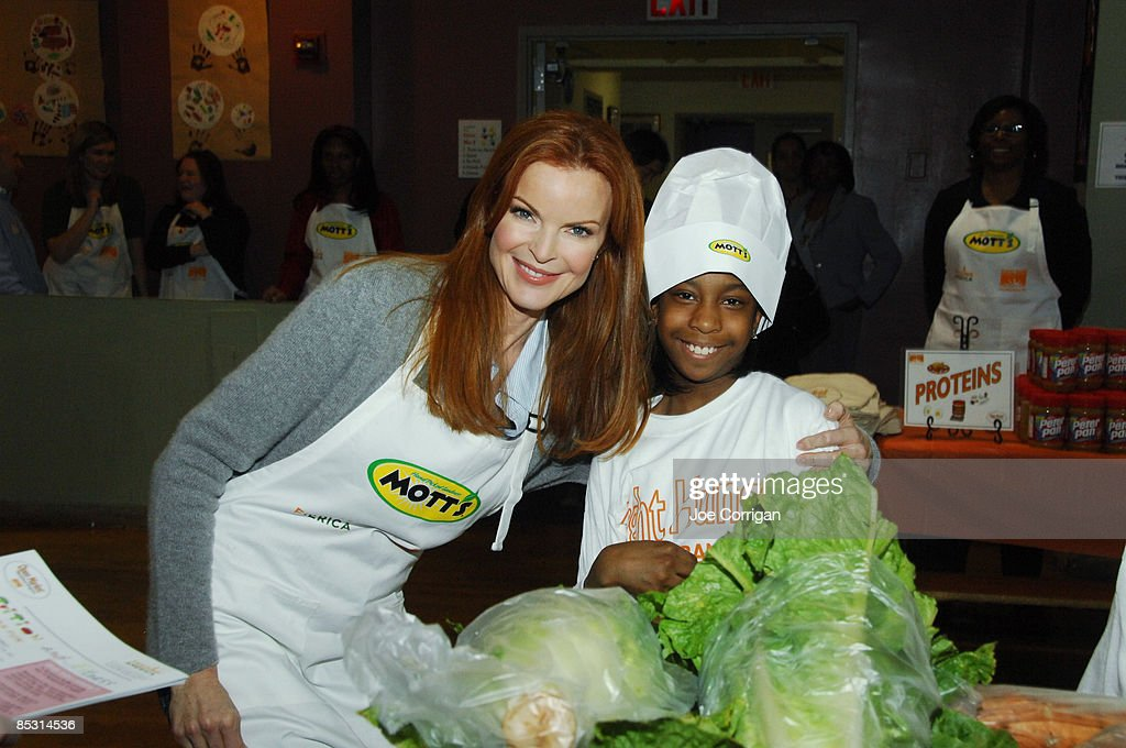 Actress Marcia Cross launches Feeding America's Open Market Backpack program by providing nutritious meals to children at St Aloysius School on March...