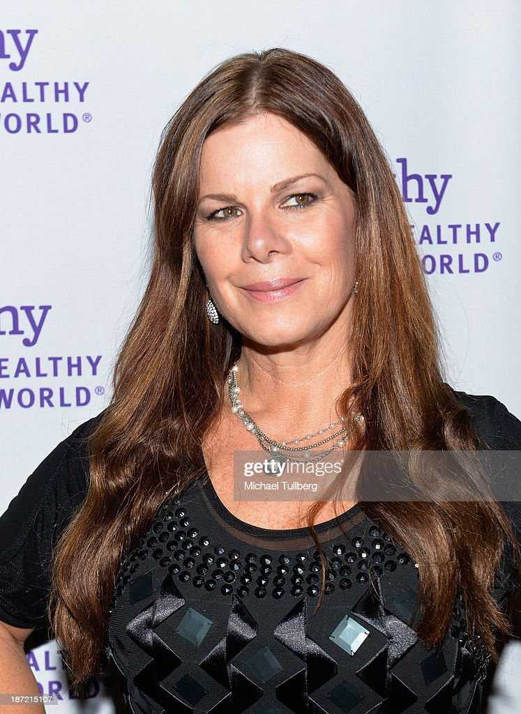 Actress <a gi-track='captionPersonalityLinkClicked' href=/galleries/search?phrase=Marcia+Gay+Harden&family=editorial&specificpeople=202089 ng-click='$event.stopPropagation()'>Marcia Gay Harden</a> attends Mom On A Mission's 5th Annual Awards and Gala on November 6, 2013 in Pacific Palisades, California.