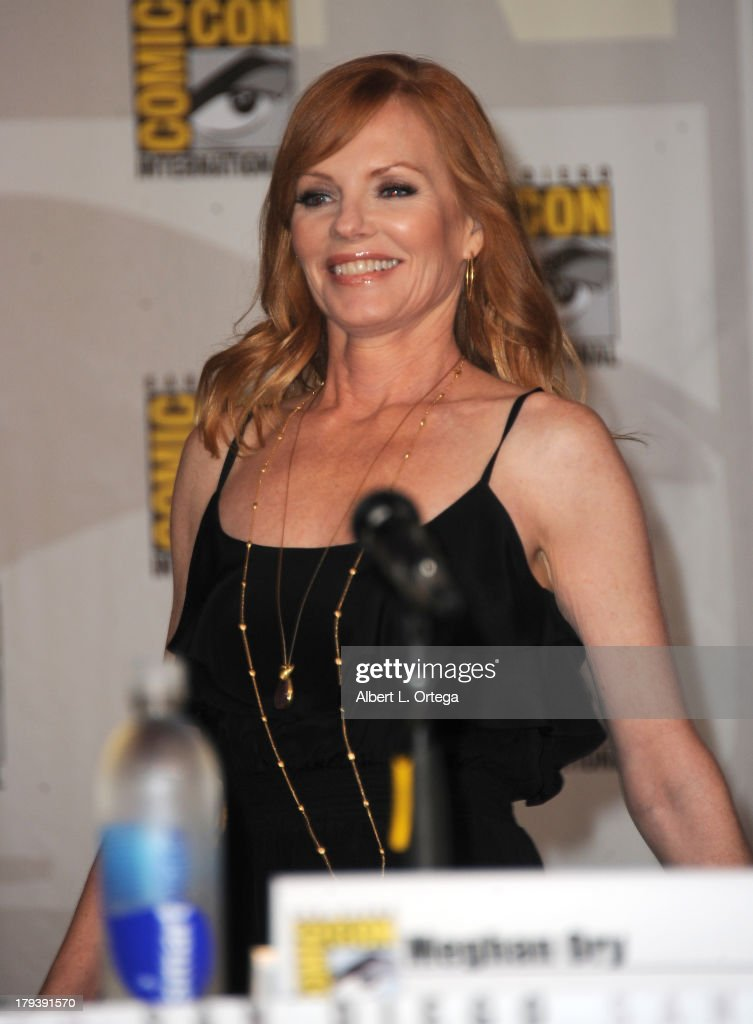 Actress <a gi-track='captionPersonalityLinkClicked' href=/galleries/search?phrase=Marg+Helgenberger&family=editorial&specificpeople=201493 ng-click='$event.stopPropagation()'>Marg Helgenberger</a> participates in the 'Intelligence' Panel on Day 1 of the 2013 Comic-Con International held at San Diego Convention Center on Thursday July 18, 2012 in San Diego, California.
