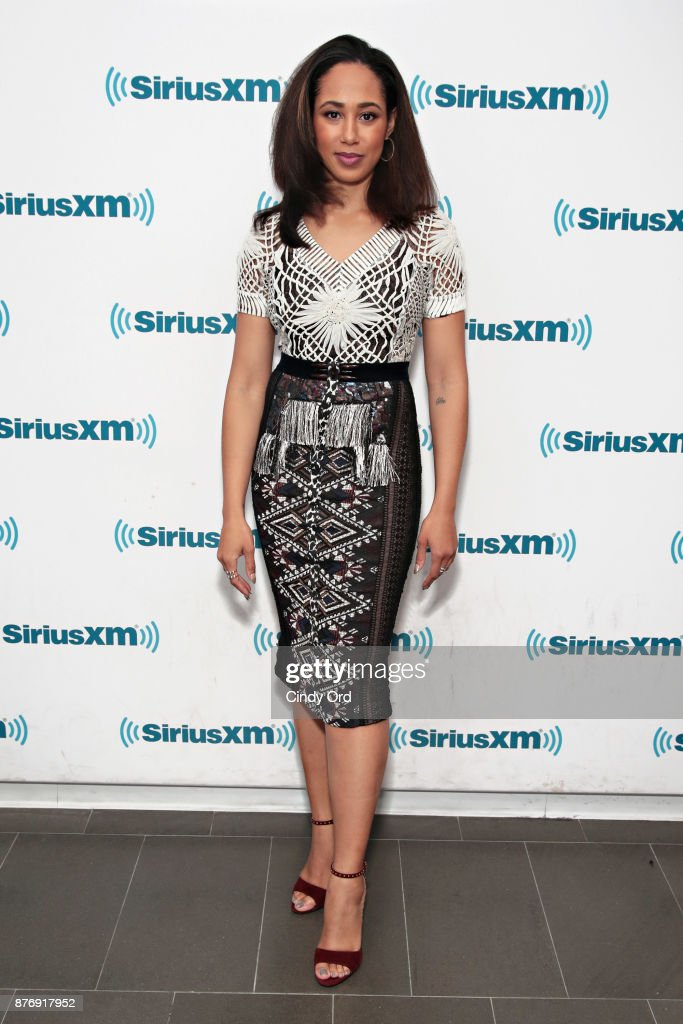 Actress Margot Bingham visits the SiriusXM Studios on November 20, 2017 in New York City.
