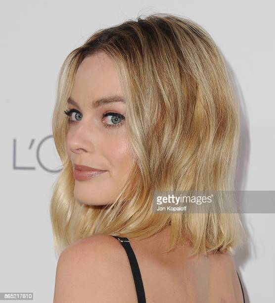 Actress Margot Robbie arrives at ELLE's 24th Annual Women in Hollywood Celebration at Four Seasons Hotel Los Angeles at Beverly Hills on October 16...
