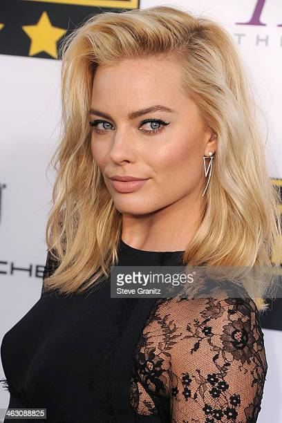Actress Margot Robbie attends the 19th Annual Critics' Choice Movie Awards at Barker Hangar on January 16 2014 in Santa Monica California
