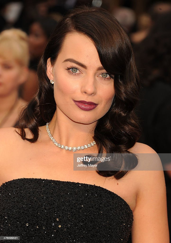 Actress Margot Robbie attends the 86th Annual Academy Awards held at Hollywood & Highland Center on March 2, 2014 in Hollywood, California.