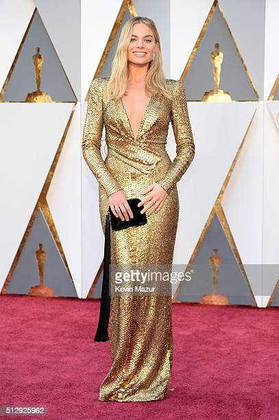 Actress Margot Robbie attends the 88th Annual Academy Awards at Hollywood Highland Center on February 28 2016 in Hollywood California