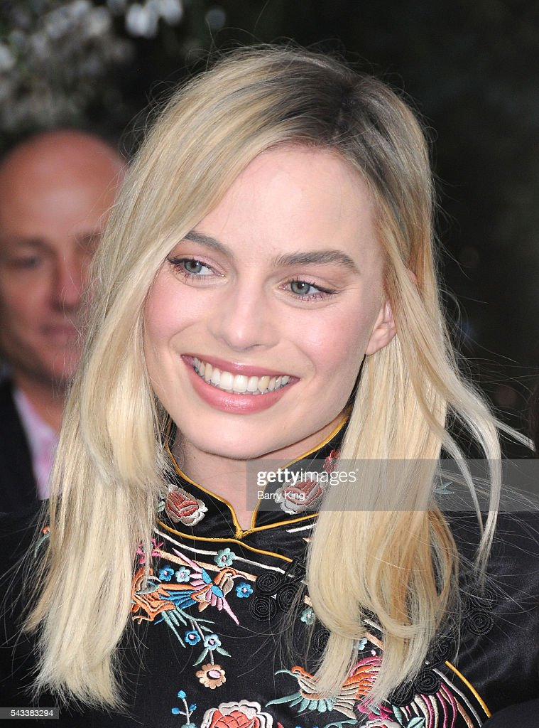 Actress <a gi-track='captionPersonalityLinkClicked' href=/galleries/search?phrase=Margot+Robbie&family=editorial&specificpeople=5781742 ng-click='$event.stopPropagation()'>Margot Robbie</a> attends the premiere of Warner Bros. Pictures' 'The Legend Of Tarzan' at TCL Chinese Theatre on June 27, 2016 in Hollywood, California.