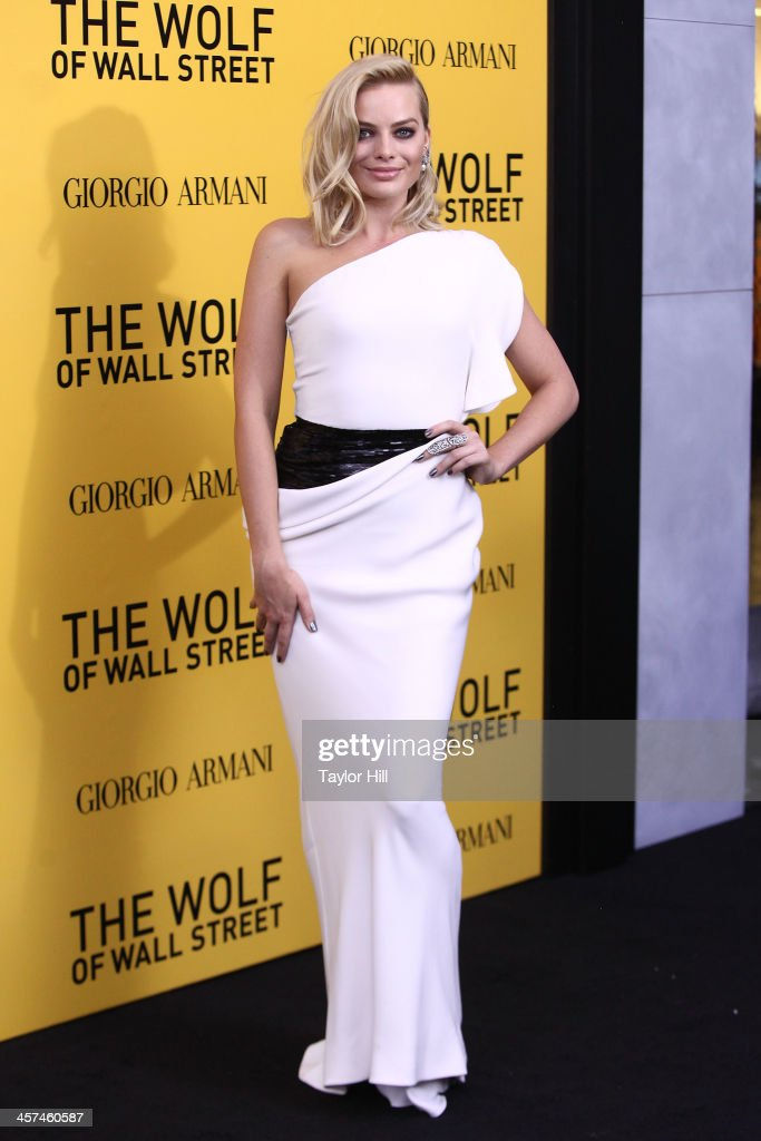Actress <a gi-track='captionPersonalityLinkClicked' href=/galleries/search?phrase=Margot+Robbie&family=editorial&specificpeople=5781742 ng-click='$event.stopPropagation()'>Margot Robbie</a> attends the 'The Wolf Of Wall Street' premiere at Ziegfeld Theater on December 17, 2013 in New York City.