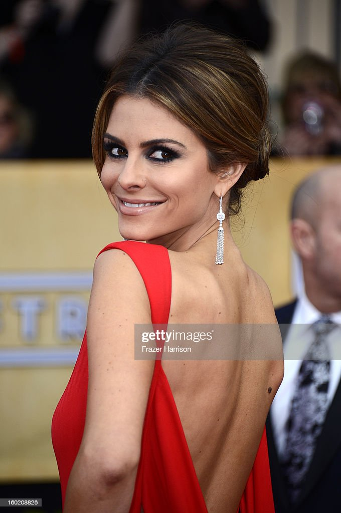 Actress Maria Menounos arrives at the 19th Annual Screen Actors Guild Awards held at The Shrine Auditorium on January 27, 2013 in Los Angeles, California.