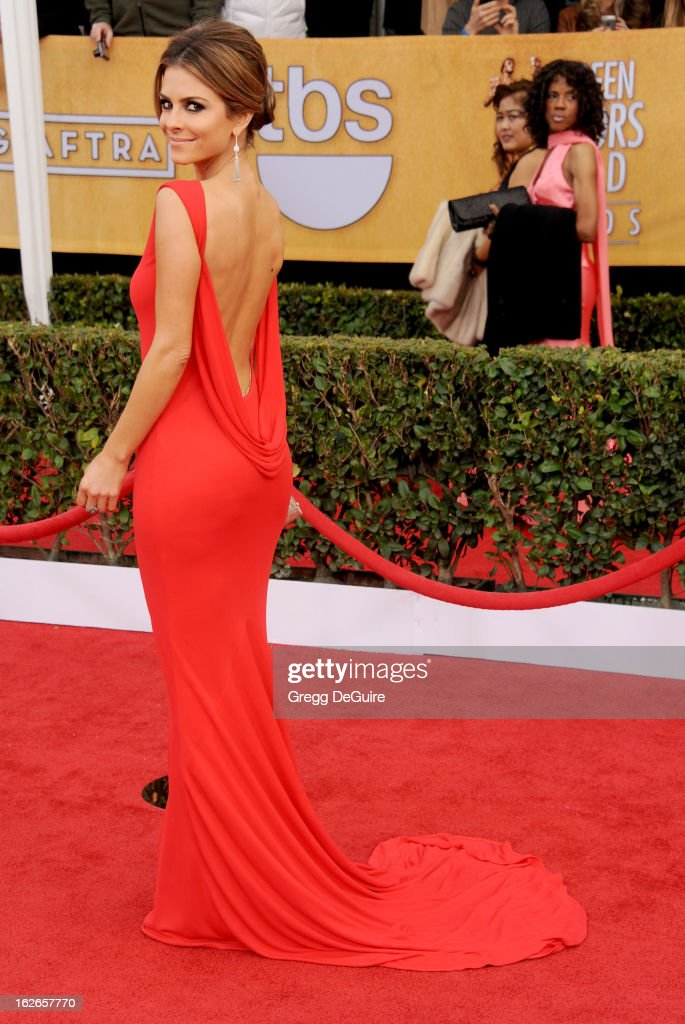 Actress <a gi-track='captionPersonalityLinkClicked' href=/galleries/search?phrase=Maria+Menounos&family=editorial&specificpeople=203337 ng-click='$event.stopPropagation()'>Maria Menounos</a> arrives at the 19th Annual Screen Actors Guild Awards at The Shrine Auditorium on January 27, 2013 in Los Angeles, California.