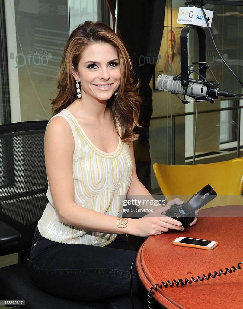 Actress <a gi-track='captionPersonalityLinkClicked' href=/galleries/search?phrase=Maria+Menounos&family=editorial&specificpeople=203337 ng-click='$event.stopPropagation()'>Maria Menounos</a> visits the 'Morning Jolt with Lary Flick' at the SiriusXM Studios on March 8, 2013 in New York City.