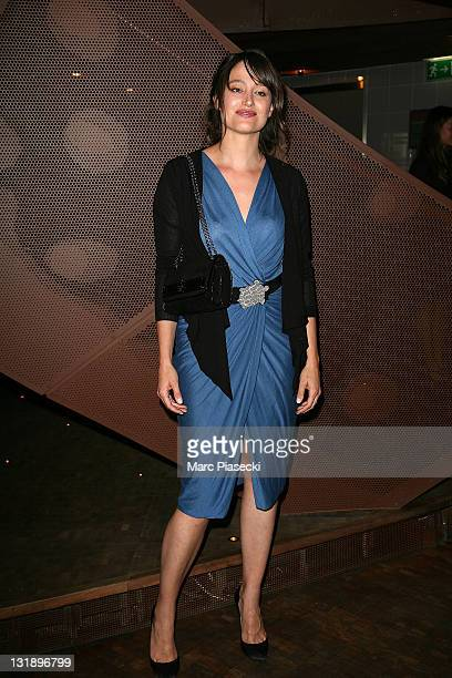 Actress Marie Gillain attends a photocall for the 'SOL en SI' charity gala event at Restaurant 58 Tour Eiffel on June 7 2011 in Paris France
