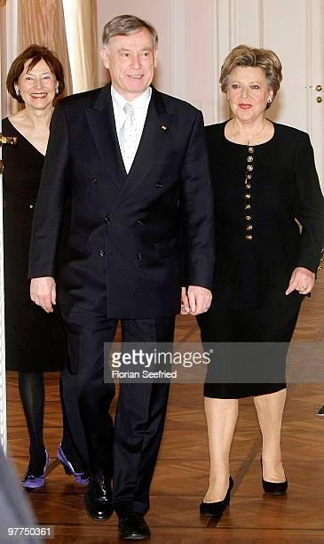 Actress MarieLuise Marjan and German President Horst Koehler and his wife Eva Luise Koehler arrive at Bellevue Castle on March 16 2010 in Berlin...