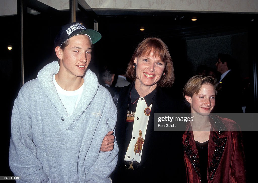 Actress Mariette Hartley, son Sean Boyriven and daughter Justine Boyriven attend 'The Rookie' Westwood Premiere on December 6, 1990 at the Mann Bruin Theatre in Westwood, California.