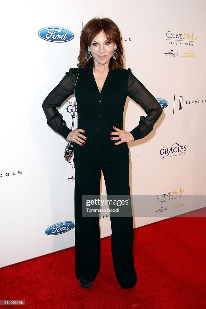 Actress <a gi-track='captionPersonalityLinkClicked' href=/galleries/search?phrase=Marilu+Henner&family=editorial&specificpeople=213140 ng-click='$event.stopPropagation()'>Marilu Henner</a> attends the 41st Annual Gracie Awards at Regent Beverly Wilshire Hotel on May 24, 2016 in Beverly Hills, California.