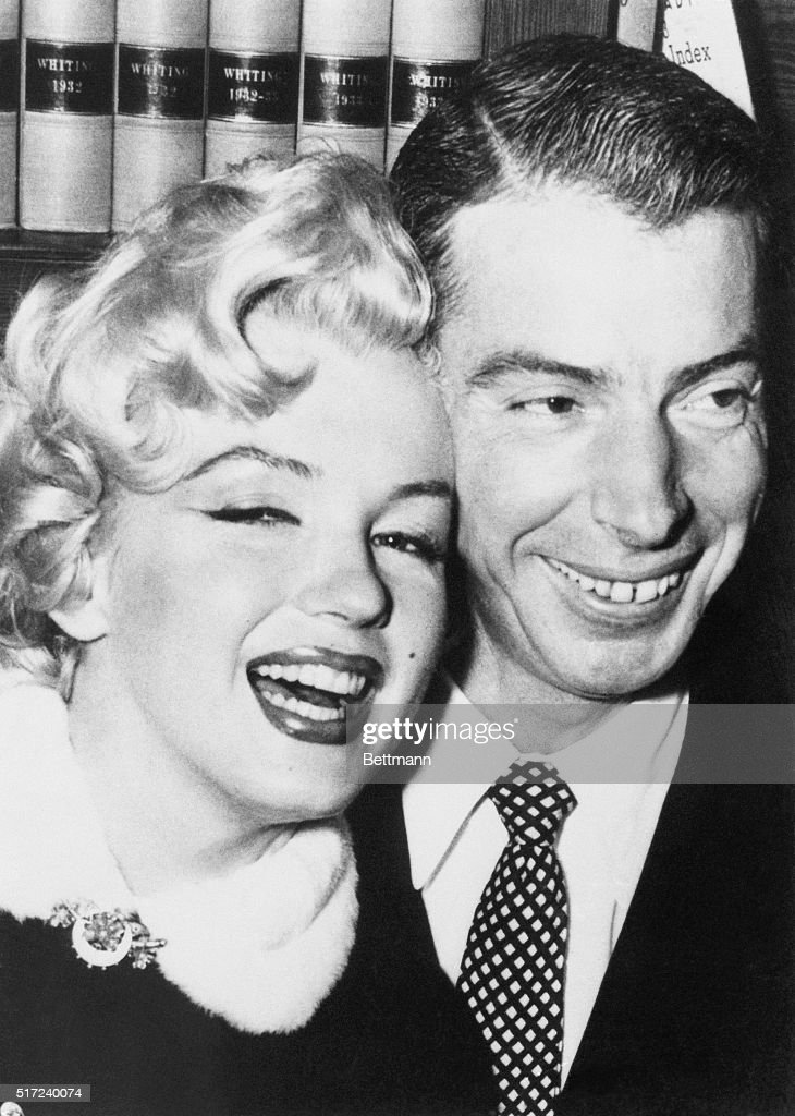Actress <a gi-track='captionPersonalityLinkClicked' href=/galleries/search?phrase=Marilyn+Monroe&family=editorial&specificpeople=70021 ng-click='$event.stopPropagation()'>Marilyn Monroe</a> and baseball player <a gi-track='captionPersonalityLinkClicked' href=/galleries/search?phrase=Joe+DiMaggio&family=editorial&specificpeople=93596 ng-click='$event.stopPropagation()'>Joe DiMaggio</a> just after their marriage ceremony in a judge's chambers in San Francisco, California.