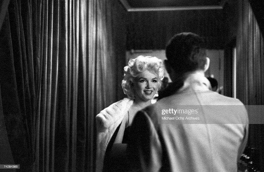 Actress Marilyn Monroe Attends The Play U0027Cat On A Hot Tin Roofu0027 On March