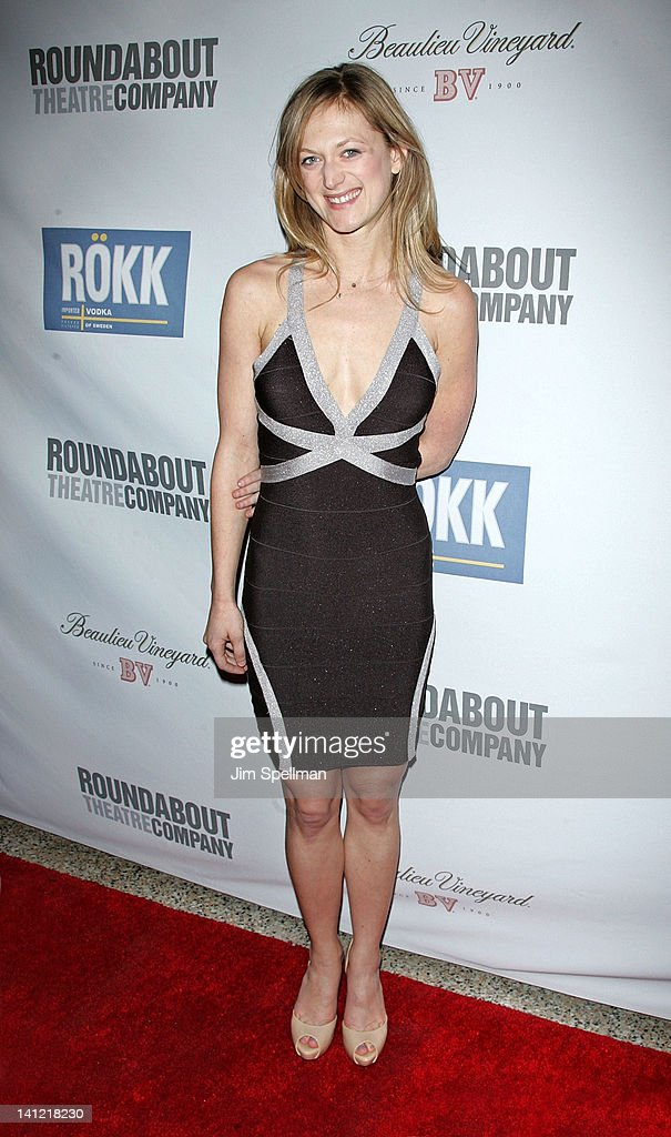 Actress <a gi-track='captionPersonalityLinkClicked' href=/galleries/search?phrase=Marin+Ireland&family=editorial&specificpeople=4266013 ng-click='$event.stopPropagation()'>Marin Ireland</a> attends The Roundabout Theatre 2012 Spring Gala 'From Screen to Stage' dinner and auction at the Hammerstein Ballroom on March 12, 2012 in New York City.