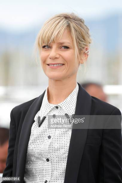 Actress Marina Fois attends the 'L'Atelier' photocall during the 70th annual Cannes Film Festival at Palais des Festivals on May 22 2017 in Cannes...