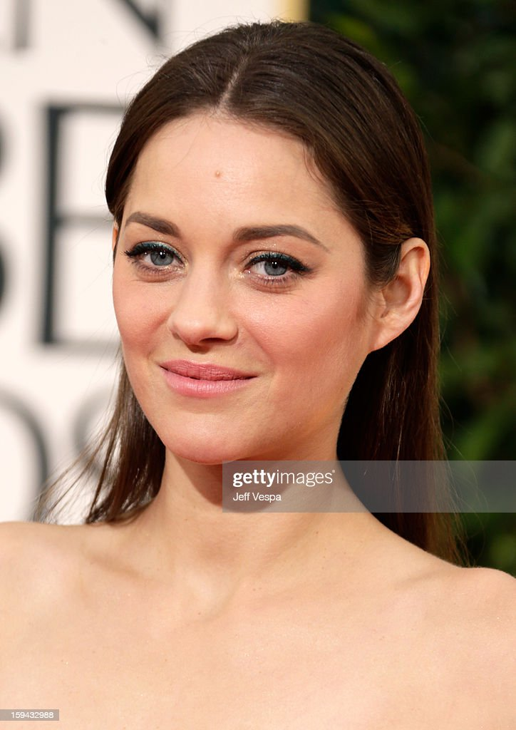 Actress Marion Cotillard arrives at the 70th Annual Golden Globe Awards held at The Beverly Hilton Hotel on January 13, 2013 in Beverly Hills, California.