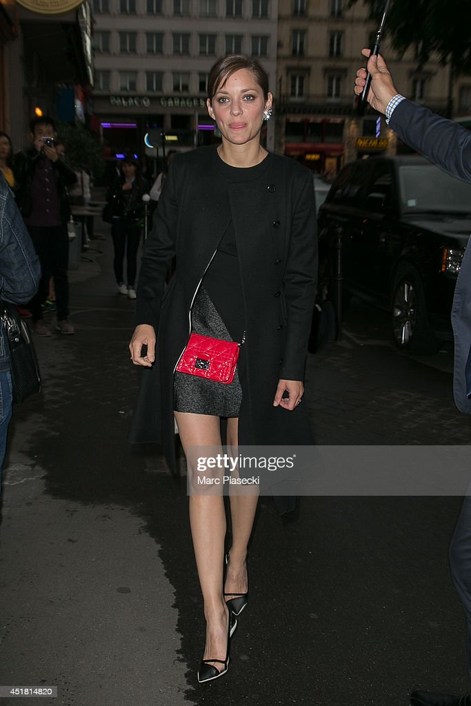 Actress Marion Cotillard arrives to attend the Dior Private Dinner as part of Paris Fashion Week - Haute Couture Fall/Winter 2014-2015 at on July 7, 2014 in Paris, France.