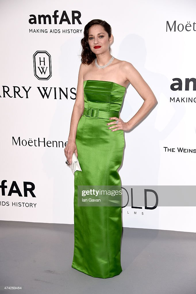 Actress <a gi-track='captionPersonalityLinkClicked' href=/galleries/search?phrase=Marion+Cotillard&family=editorial&specificpeople=215303 ng-click='$event.stopPropagation()'>Marion Cotillard</a> attends amfAR's 22nd Cinema Against AIDS Gala, Presented By Bold Films And Harry Winston at Hotel du Cap-Eden-Roc on May 21, 2015 in Cap d'Antibes, France.