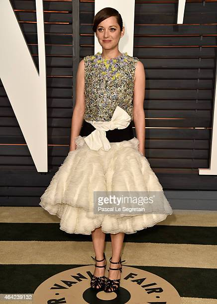Actress Marion Cotillard attends the 2015 Vanity Fair Oscar Party hosted by Graydon Carter at Wallis Annenberg Center for the Performing Arts on...