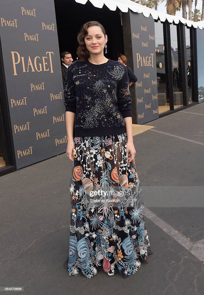 Actress <a gi-track='captionPersonalityLinkClicked' href=/galleries/search?phrase=Marion+Cotillard&family=editorial&specificpeople=215303 ng-click='$event.stopPropagation()'>Marion Cotillard</a> attends the 30th Annual Film Independent Spirit Awards at Santa Monica Beach on February 21, 2015 in Santa Monica, California.