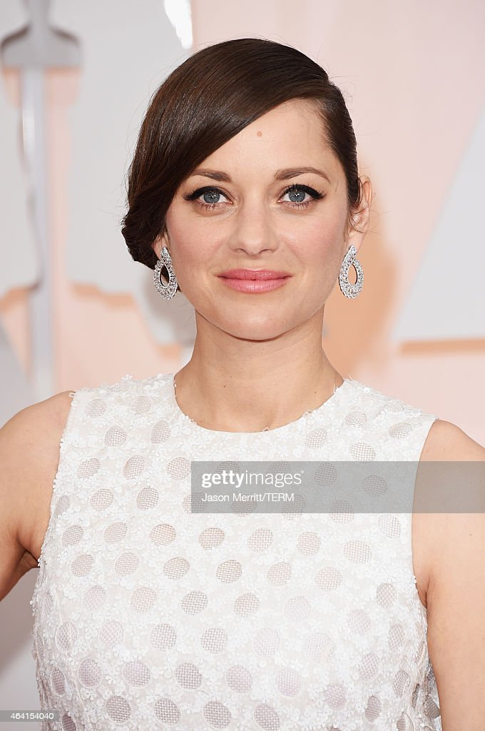 Actress Marion Cotillard attends the 87th Annual Academy Awards at Hollywood & Highland Center on February 22, 2015 in Hollywood, California.