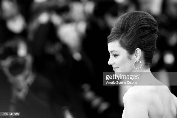 Actress Marion Cotillard attends the 'Blood Ties' Premiere during the 66th Annual Cannes Film Festival at the Palais des Festivals on May 20 2013 in...