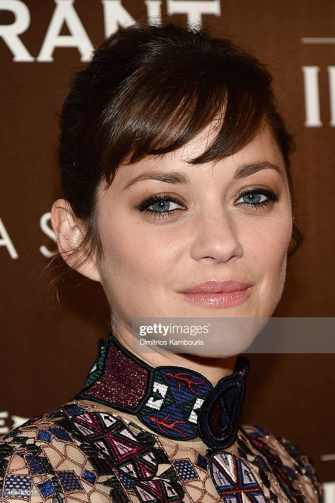 Actress <a gi-track='captionPersonalityLinkClicked' href=/galleries/search?phrase=Marion+Cotillard&family=editorial&specificpeople=215303 ng-click='$event.stopPropagation()'>Marion Cotillard</a> attends the Dior & Vanity Fair with The Cinema Society premiere of The Weinstein Company's 'The Immigrant' at The Paley Center for Media on May 6, 2014 in New York City.