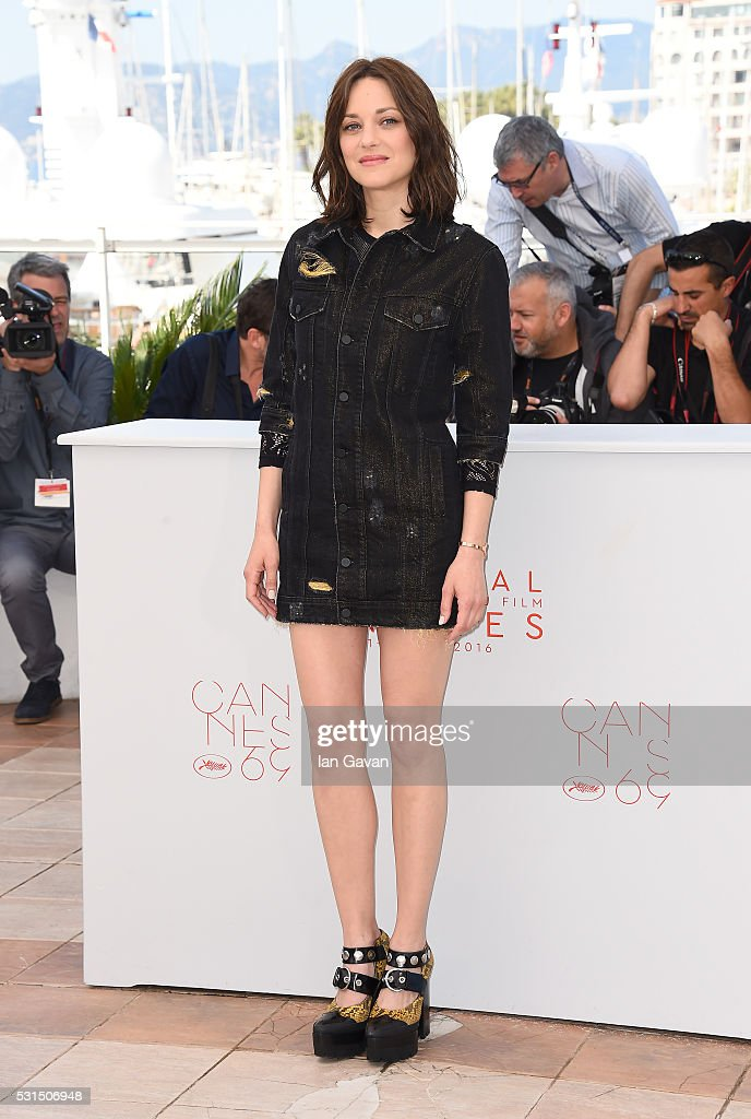 Actress Marion Cotillard attends the 'From The Land Of The Moon (Mal De Pierres)' photocall during the 69th annual Cannes Film Festival at the Palais des Festivals on May 15, 2016 in Cannes, France.