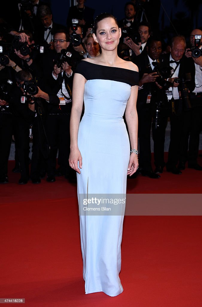 Actress <a gi-track='captionPersonalityLinkClicked' href=/galleries/search?phrase=Marion+Cotillard&family=editorial&specificpeople=215303 ng-click='$event.stopPropagation()'>Marion Cotillard</a> attends the Premiere of 'The Little Prince' during the 68th annual Cannes Film Festival on May 22, 2015 in Cannes, France.
