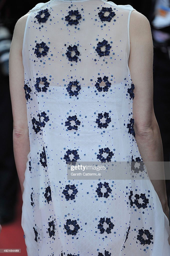 Actress Marion Cotillard (fashion detail) attends the 'Two Days, One Night' (Deux Jours, Une Nuit) premiere during the 67th Annual Cannes Film Festival on May 20, 2014 in Cannes, France.