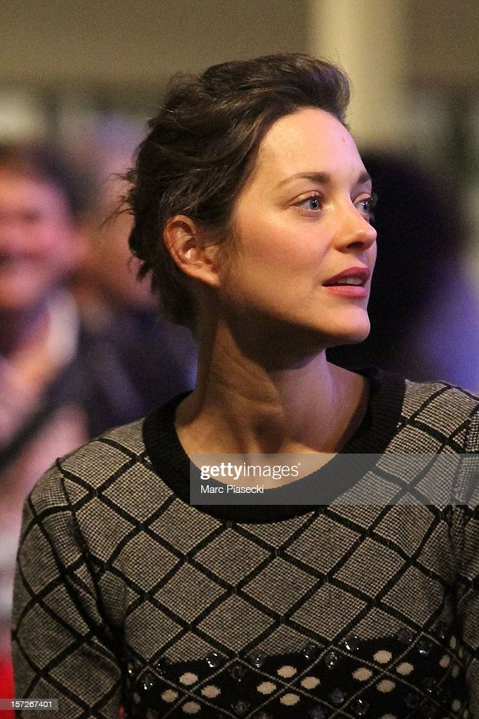 Actress <a gi-track='captionPersonalityLinkClicked' href=/galleries/search?phrase=Marion+Cotillard&family=editorial&specificpeople=215303 ng-click='$event.stopPropagation()'>Marion Cotillard</a> is sighted at the 'Gucci Paris Masters 2012' at Paris Nord Villepinte on December 1, 2012 in Paris, France.