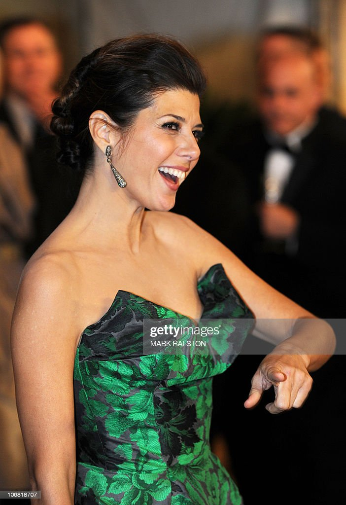 Actress Marisa Tomei arrives on the red carpet for the 2010 Oscars Governors Awards at the Hollywood and Highland Center in Hollywood on November 13, 2010. AFP PHOTO/Mark RALSTON