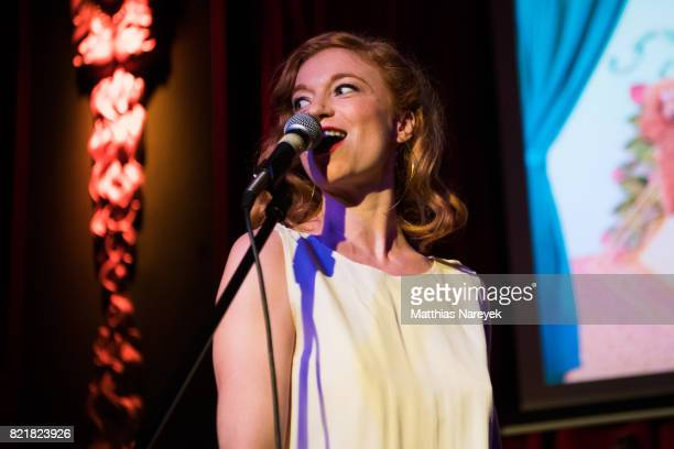 Actress Marleen Lohse performs at the EHIEH's Big Summer Extravaganza at Ballhaus on July 24 2017 in Berlin Germany Ein Hit ist ein Hit or in short...