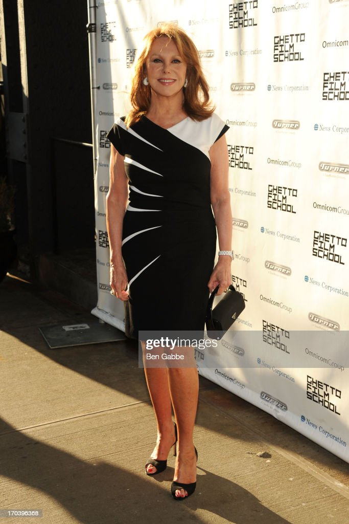 Actress <a gi-track='captionPersonalityLinkClicked' href=/galleries/search?phrase=Marlo+Thomas&family=editorial&specificpeople=209421 ng-click='$event.stopPropagation()'>Marlo Thomas</a> attends Ghetto Film School 9th Annual Spring Benefit at The Standard Biergarten on June 12, 2013 in New York City.