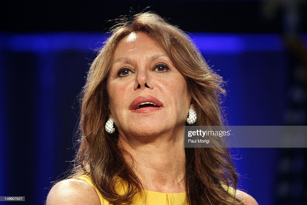Actress Marlo Thomas of the Free to Be Foundation attends the 2012 Federal Partners Bullying Prevention summit at the Marriott Wardman Park Hotel on August 6, 2012 in Washington, DC.