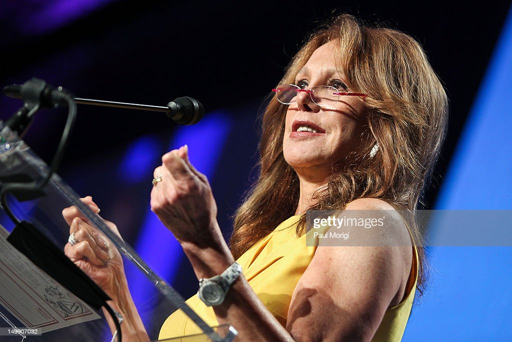 Actress Marlo Thomas of the Free to Be Foundation speaks at the 2012 Federal Partners Bullying Prevention summit at the Marriott Wardman Park Hotel on August 6, 2012 in Washington, DC.