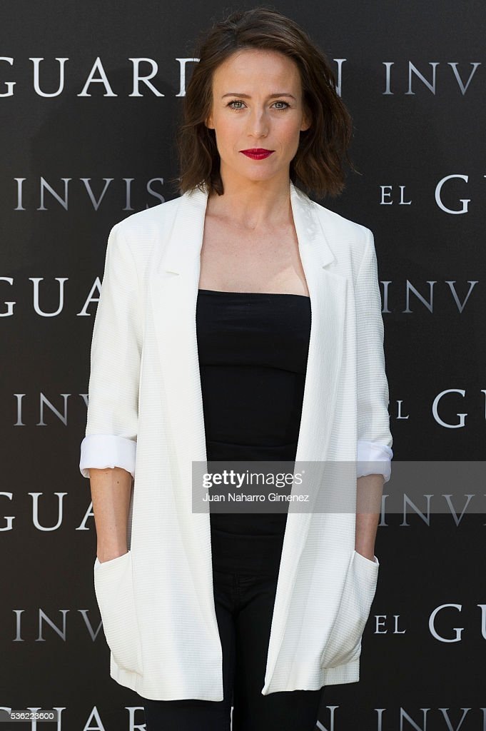 Actress Marta Etura attends 'EL Guardian Invisible' photocall on May 31, 2016 in Madrid, Spain.