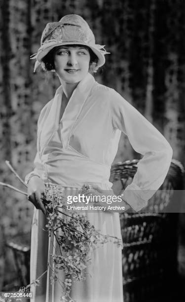 Actress Martha Mansfield Fashion Portrait Wearing Satin Blouse and Skirt Bain News Service 1921