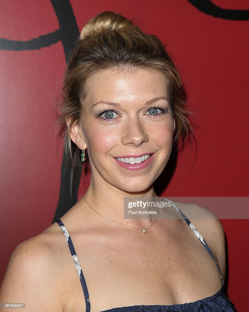 Actress Mary Elizabeth Ellis attends the one year anniversary celebration for the WIGS digital channel at Akasha Restaurant on May 2, 2013 in Culver City, California.