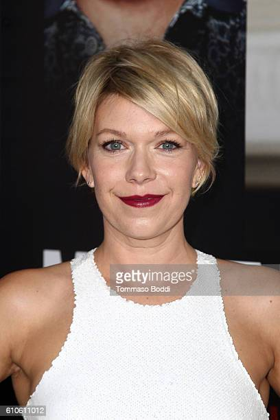 Actress Mary Elizabeth Ellis attends the premiere of Relativity Media's 'Masterminds' held at TCL Chinese Theatre on September 26 2016 in Hollywood...