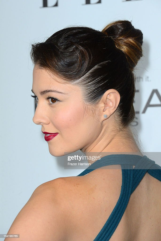 Actress Mary Elizabeth Winstead arrives at ELLE's 19th Annual Women In Hollywood Celebration at the Four Seasons Hotel on October 15, 2012 in Beverly Hills, California.
