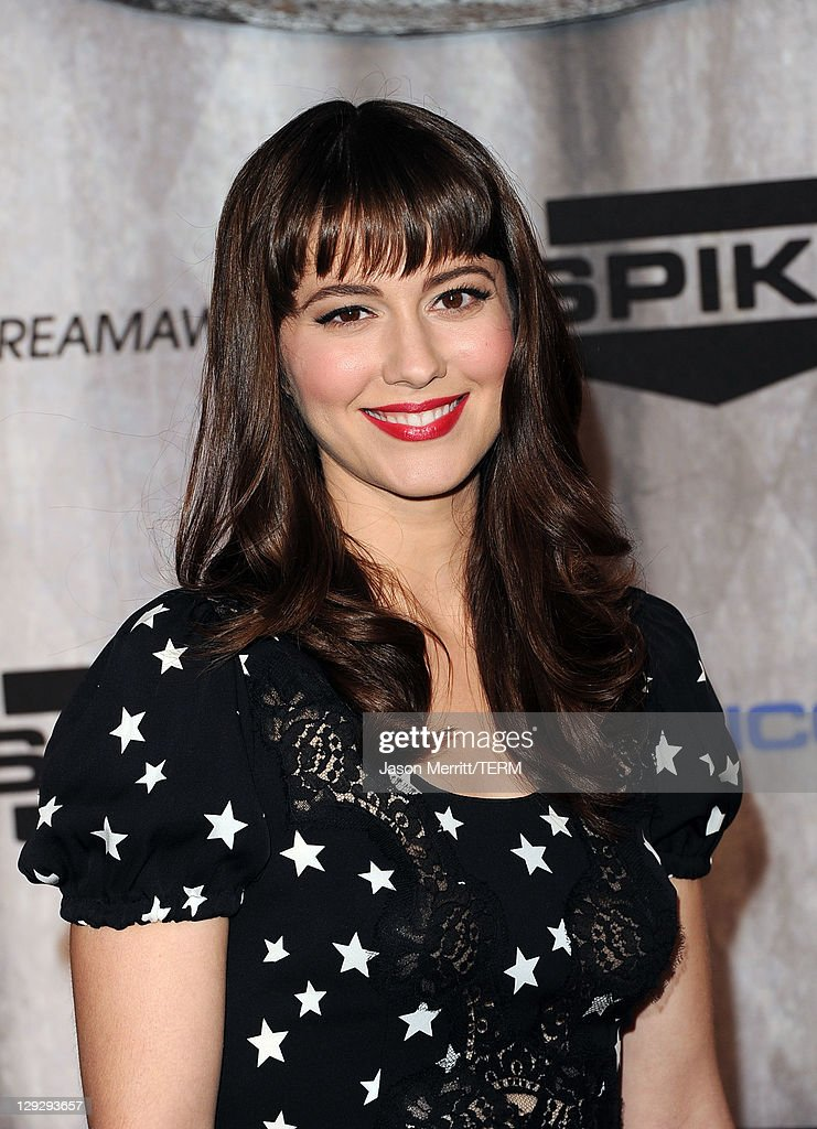 Actress Mary Elizabeth Winstead arrives at Spike TV's 'SCREAM 2011' awards held at Universal Studios on October 15, 2011 in Universal City, California.